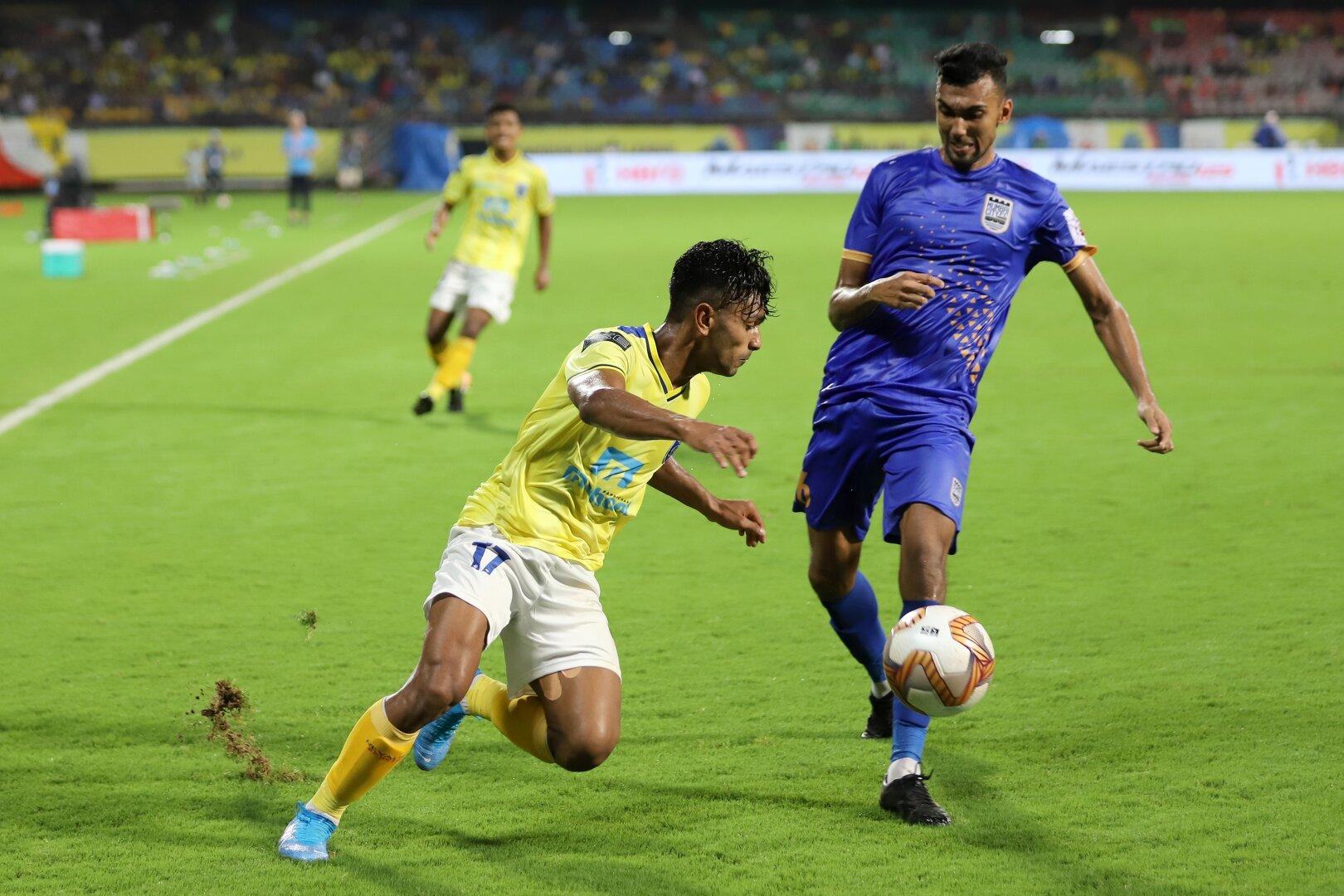 ISL 2019-20 Sarthak Golui with Rahul KP in Kerala Blasters Vs Mumbai City FC
